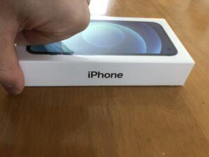 iPhone12mini箱、横から